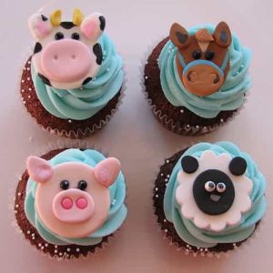 Animal Themed Cupcakes| Dottedi
