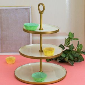 As easy as 1, 2, 3 - 3 Tier Classic White Cupcake Stand