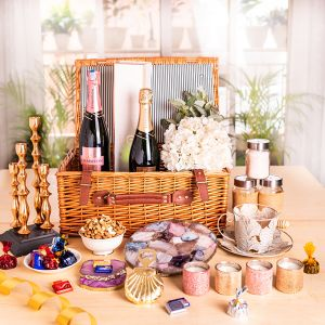 Chandon Cheers Hamper