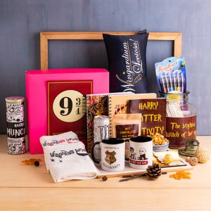 Personalized Hogwarts Dorm Kit (Harry Potter)
