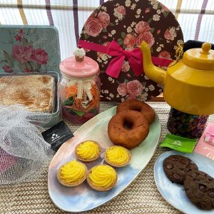 Tea for Two Hamper